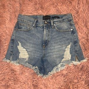 KENDALL + KYLIE RIPPED DENIM SHORTS